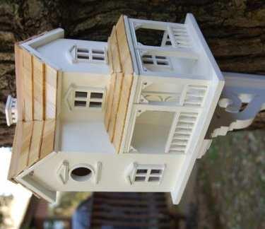 Decorative bird houses artistic bird houses for Classic bird houses