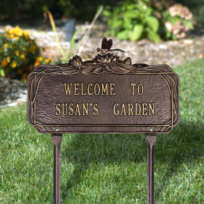 Personalized Garden Plaque Dragonfly