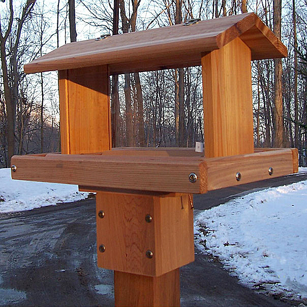 Cedar Select Standard Post Mount Hopper Feeder