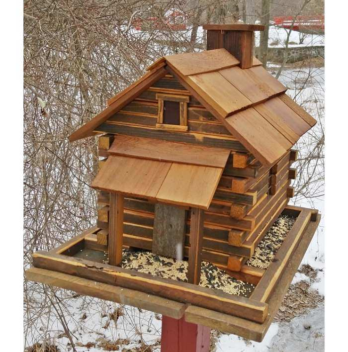 Valley Forge Feeder Large Natural Cedar