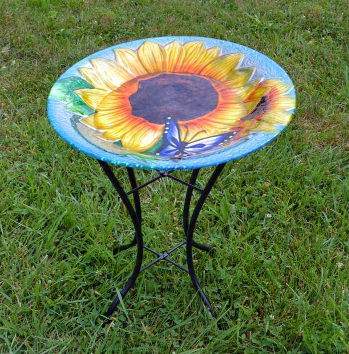 Embossed Blooming Sunflower Glass Birdbath w/Stand