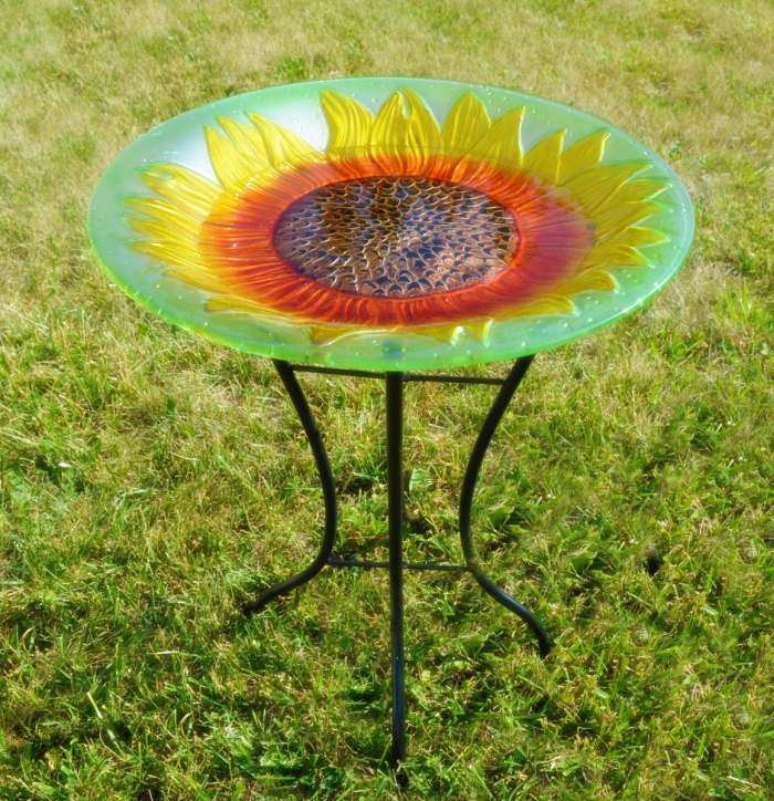 Embossed Sunflower Glass Bird Bath w/Stand