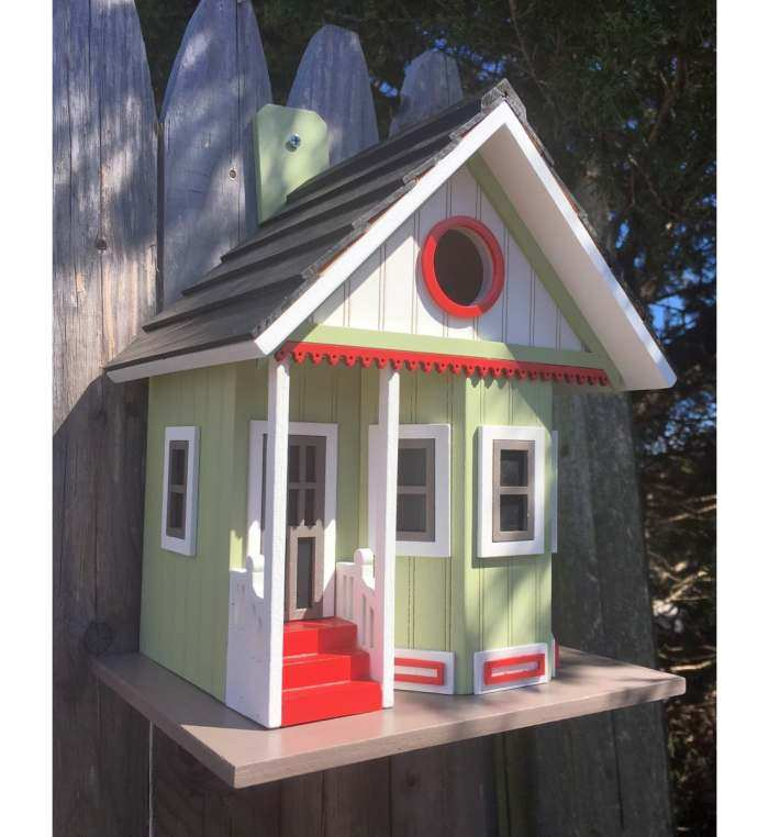 Pinepoint Cottage Birdhouse