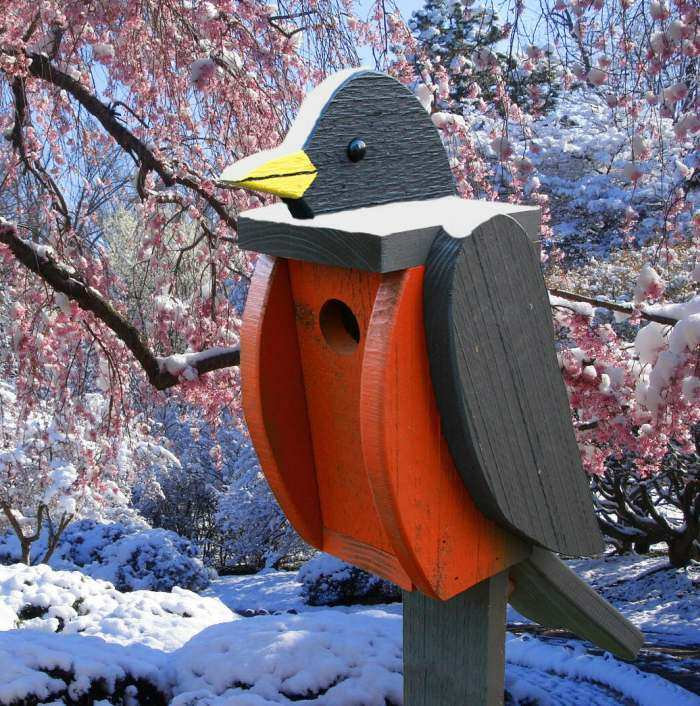 Amish Handcrafted Shaped Birdhouse Robin