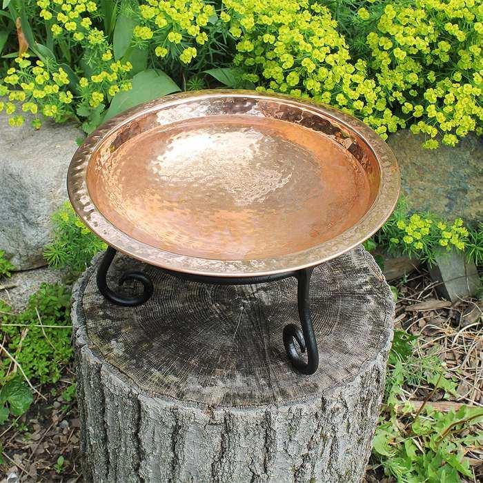 Hammered Copper Birdbath with Short Stand