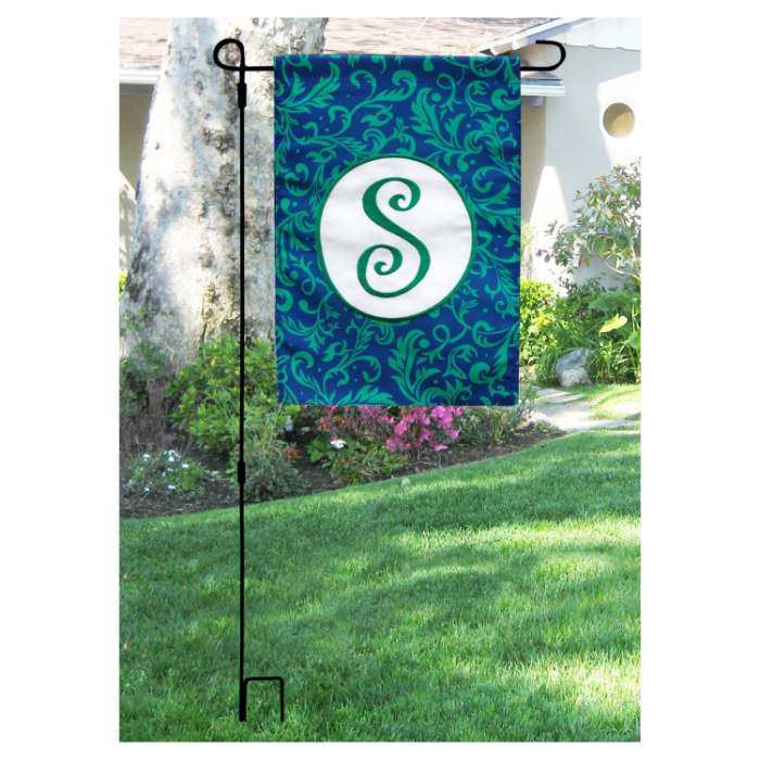 Premier 3 Piece Collapsible Garden Flag Pole