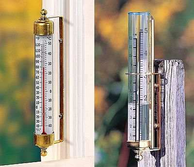 Vermont Outdoor Thermometer & Rain Gauge Combo
