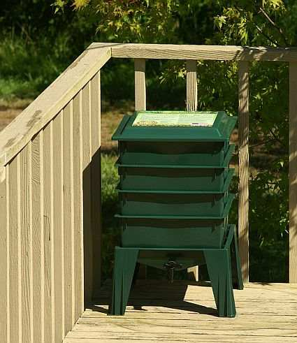 Worm Factory® 360 Composting System Green