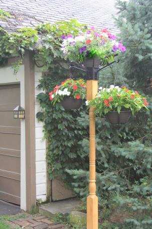 Erva Best 4x4 Planter Holder with 4 Arms and Patio Base