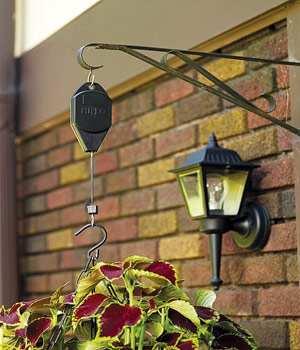 Attrayant Hi Lo Adjustable Hanger, Hi Lo Adjustable Hanging Basket U0026 Hanging Bird  Feeder Retractable Hanger At Songbird Garden